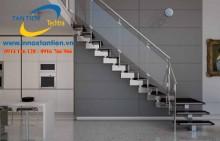 Các mẫu cầu thang inox đơn giản chất lượng vượt trội