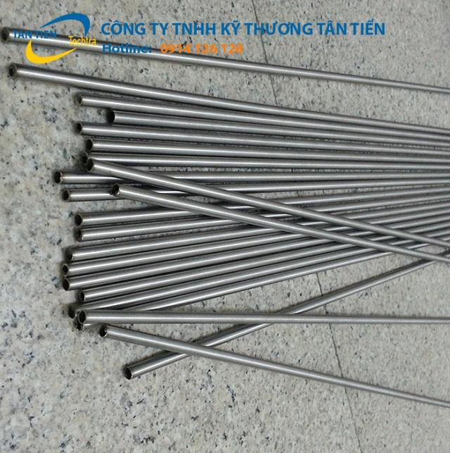 ong-inox-nho-nhat-304-1-.jpg