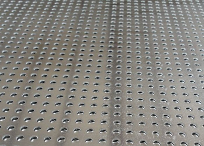 pl18135314-steel-aluminum-perforated-metal-mesh-sheet-0-8mm-2mm-for-protection-decoration.jpg